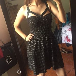 Sans Souci Black Dress